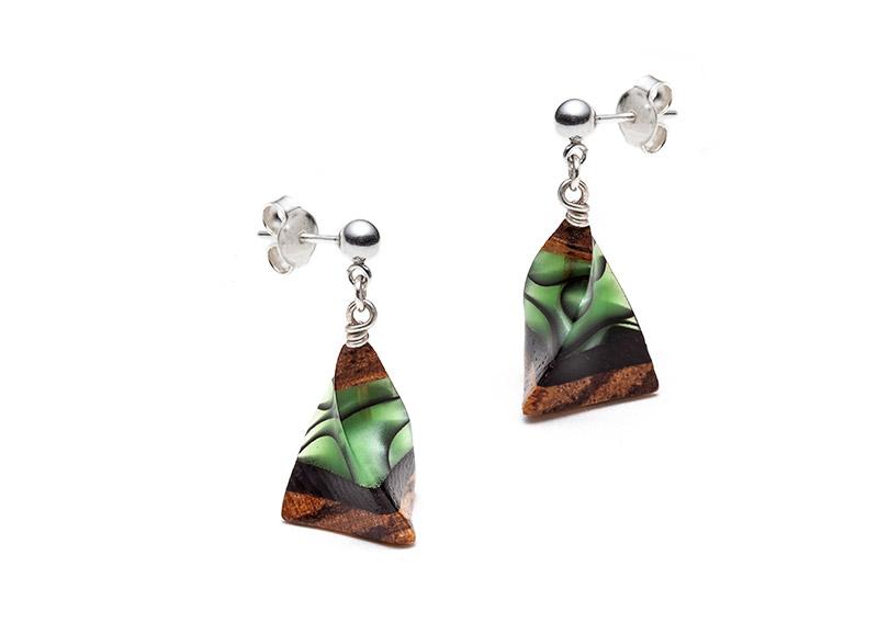 Boucles d'oreilles cônes vertes